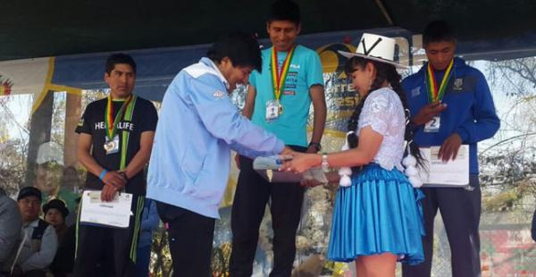 El presidente realizó el anuncio tras la carrera 10K que se realizó en la ciudad de Cochabamba