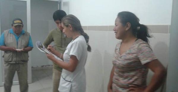 Familiares de José Mendoza y Kerem llegaron hasta el hospital de Yapacaní