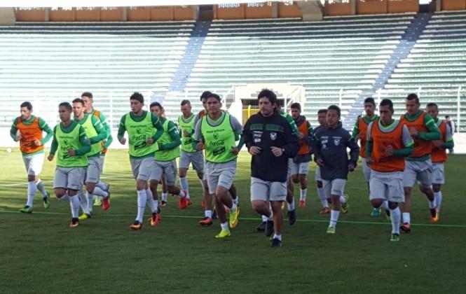 Deuda de $us230.000 a jugadores de la selección boliviana preocupa a la FBF