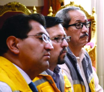 Katanas: En la Alcaldía el nombre de Jaime Mendoza figura 5 veces