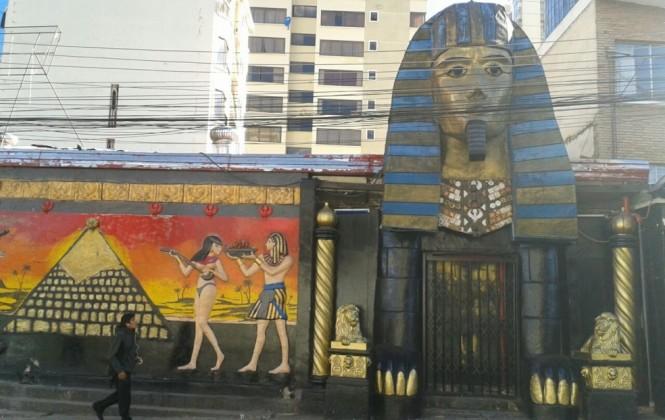 """Abogada indica que el lunes destruirán la cabeza del """"faraón"""" del bar Katanas"""