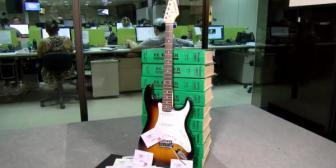 ¿Cómo ganar la guitarra firmada por Aerosmith?