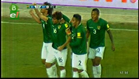 Bolivia toma aire en la eliminatoria, derrotó a Perú 2-0