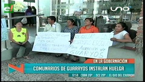 Pobladores de Guarayos instalan vigilia en la Gobernación cruceña