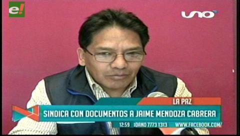 """La Paz: Concejal Silva demuestra que involucrado en el caso """"Katanas"""" fue funcionario municipal"""