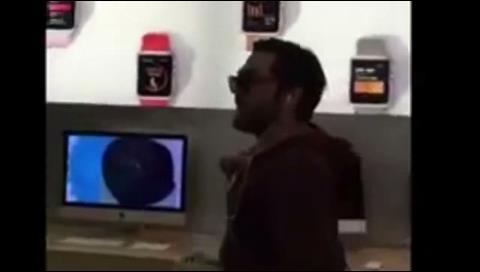 Un cliente furioso destrozó una tienda de Apple en Francia