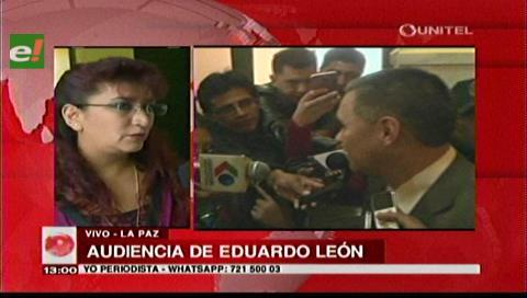 Esposa de León afirma que los delitos por los que se lo acusa ya han prescrito