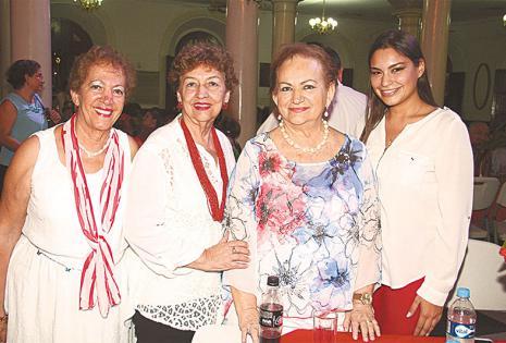 /trabajaron y se divirtieron en nombre de la solidaridad.  Diana Bendeck, Sonia Parada, Rosario 'Charito' Gutiérrez Y Verónica Richter
