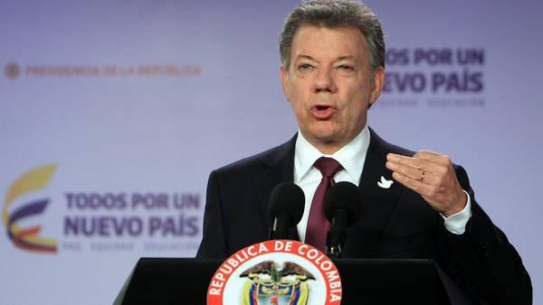 Trago amargo. El presidente Santos, el domingo tras la derrota. (AFP)
