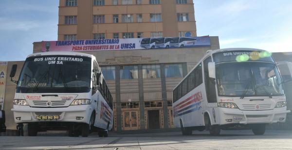 La entrega fue realizada por el rector de esa casa de estudios superiores a la Federación Universitaria Local.
