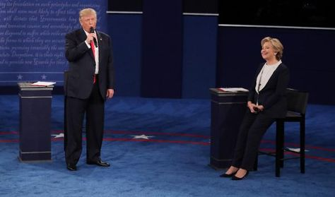 Donald Trum Hillary Clinton en segundo debate, foto: EFE