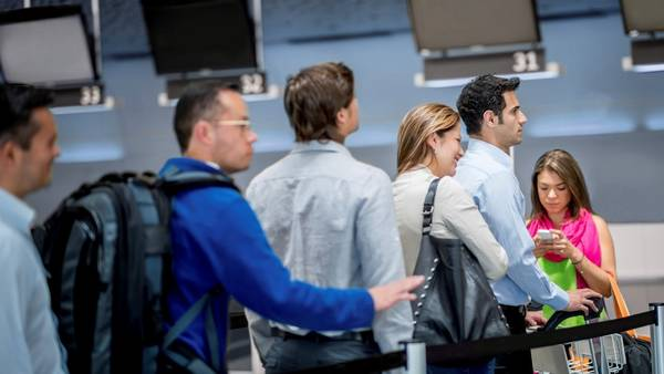 Espera en el aeropuerto (Getty Images)