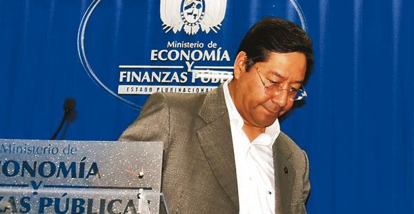 El ministro de Economía, Luis Arce, pidió una auditoría sobre la licitación de las alfombras persas