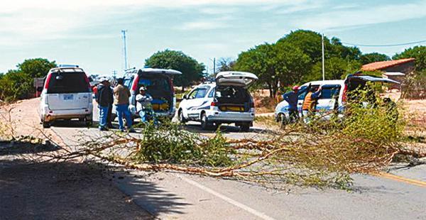 El  bloqueo en la carretera a Yacuiba tiene carácter indefinido