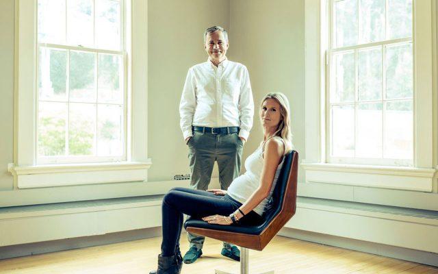 Martin Varsavsky, CEO de Prelude, con su esposa Nina. Ambos esperan su tercer hijo producto de la inseminación artificial.