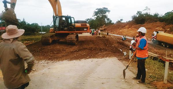La zona afectada estuvo intransitable durante la jornada del miércoles y parte del jueves. Cerca de las 20:00 la vía fue abierta