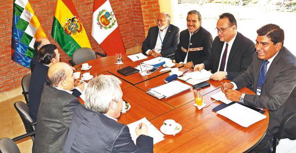 Las mesas de trabajo ultimaron detalles ayer en Sucre, donde hoy se reúnen Evo y su par peruano