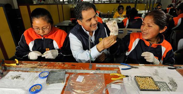 La industria de la joyería genera cientos de empleos en el país