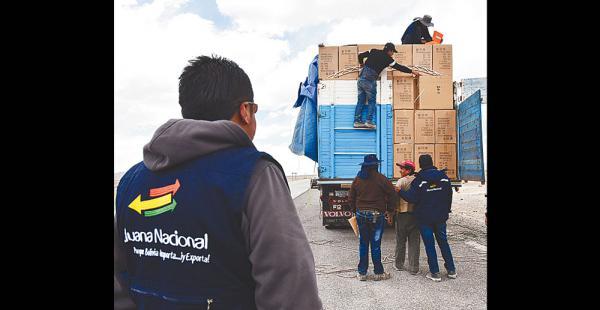 La Aduana realiza controles en la carretera y pueblos vecinos a Sabaya