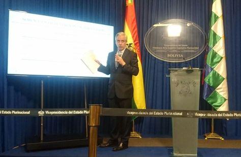 El vicepresidente Álvaro García en la conferencia de prensa de este martes.