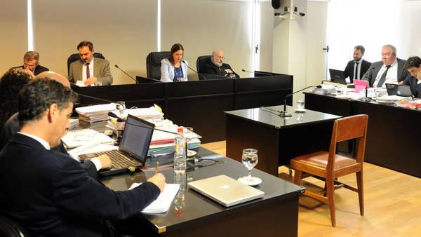 Terecer dia del juicio de Alika Kinan por trata personas en Ushuaia.Los testigos que declararon video conferencia (Lucia Merle/Enviada Especial)