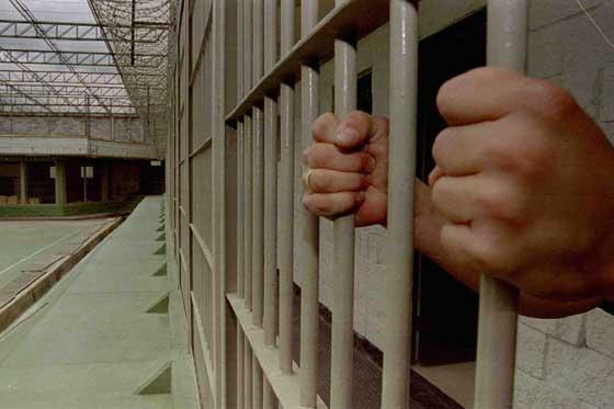 Resultado de imagen para cárcel de Uncía
