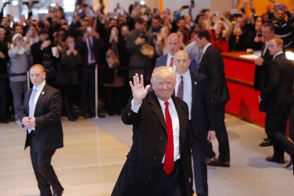 Donald Trump este martes en el vestíbulo de 'The New York Times'.