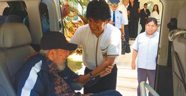 destacó su legado morales comparó a fidel con el líder indígena túpac katari´El presidente boliviano visitó al líder de la revolución en La Habana, en agosto de 2015