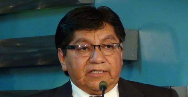El viceministro Julio Villa y otras dos autoridades viajaron hoy a Medellín