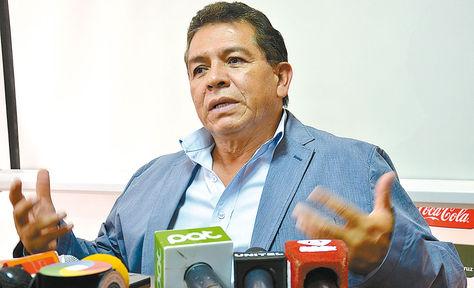 El titular de la FBF, Rolando López. Foto: Fernando Cartagena-Archivo