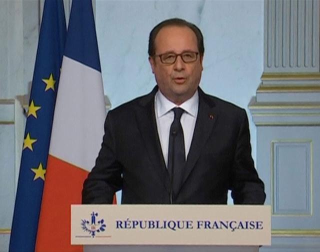 El presidente François Hollande, en una comparecencia de urgencia esta mañana.
