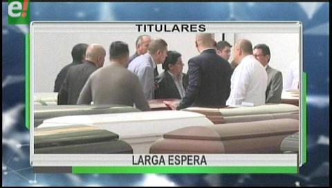 Titulares de TV: Bolivianos fallecidos en el accidente aéreo en Colombia llegan al país este viernes