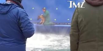 El maltrato animal durante el rodaje de una película de Universal causa indignación