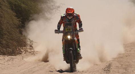 La española Laia Sanz durante la segunda etapa del Dakar 2017, entre Resistencia y Tucumán (Argentina). Foto, EFE.
