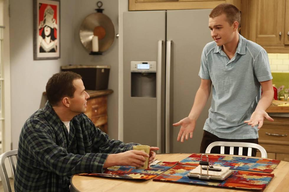 Alan y Jake saben de relaciones complicadas entre padre e hijo en la serie