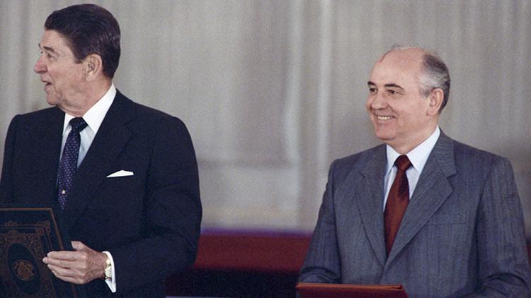 '¡Al diablo con Reagan!': Los mejores chistes soviéticos en los archivos desclasificados de la CIA