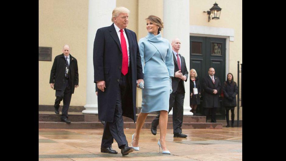 El presidente electo Donald Trump y su esposa Melania Trump, salen de la Iglesia St. John en Washington antes de la toma de posesión. (Crédito: Chris Kleponis / EPA)