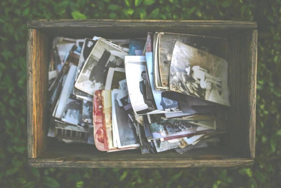 Las cajas donde se guardaban las fotos impresas tienen los días contados. (Pexels)