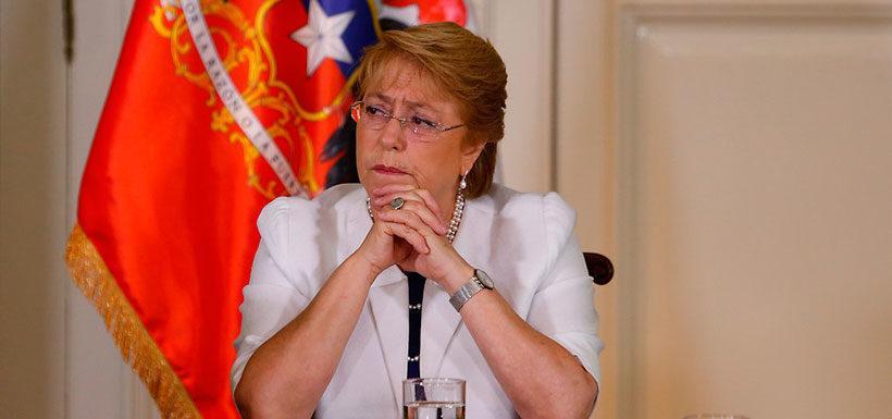 """Bachelet: """"No hay problema de recursos"""" para la emergencia y la reconstrucción"""