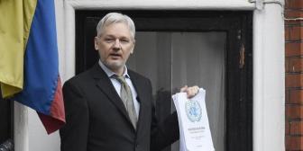 Assange mantiene su promesa de aceptar la extradición a EE.UU.