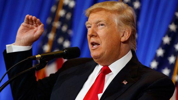 La incertidumbre sobre las políticas económicas de Donald Trump desestabilizó la moneda estadounidense (AP)