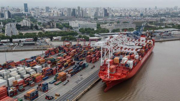 El superávit comercial alemán alcanzó un récord en 2016 entre acusaciones de un euro devaluado