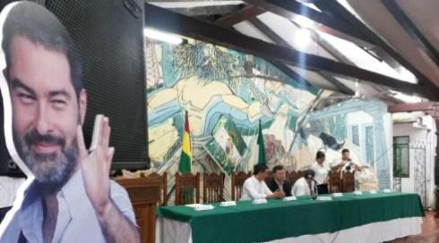 La Asamblea se inició con retraso debido a la lluvia. Foto: Fernando Soria