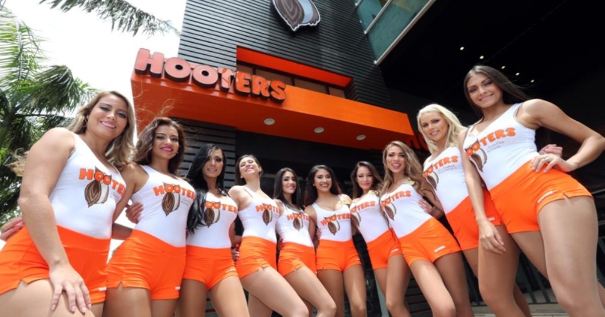 Primer local de Hooters en Bolivia abre el jueves