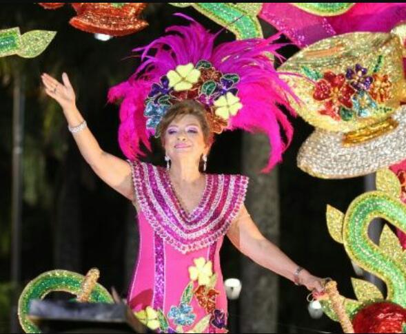 Esther Velasco - Reina de Antaño 2017