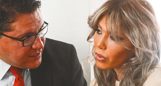 Zapata involucra a Evo y a García Linera y arremete contra su exsocio Grundy