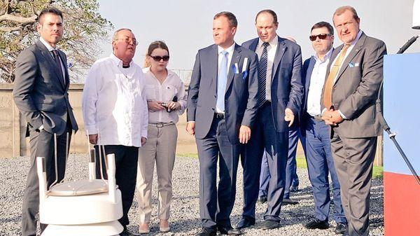 La estación Glonass fue construida por personal militar ruso autorizado por el parlamento de Nicaragua. En la foto, Laureano Ortega (izquierda), el heredero del poder en el país