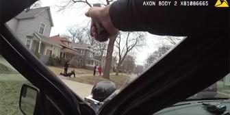 Video: Policías de EE.UU. apuntan con las pistolas a unos niños que jugaban al básquet