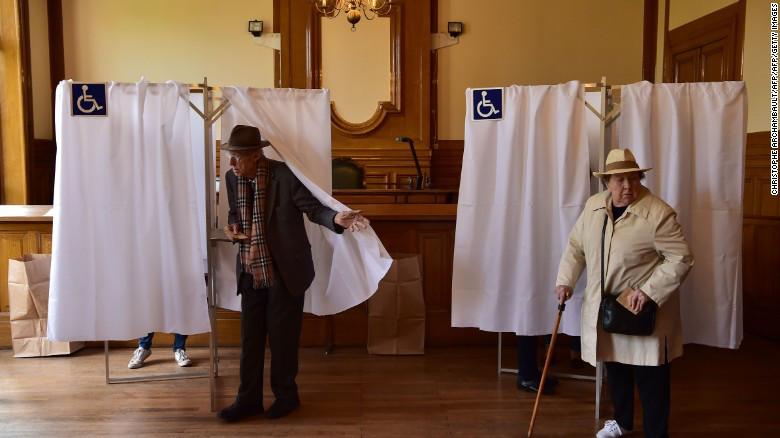 Cae participación en elecciones presidenciales francesas