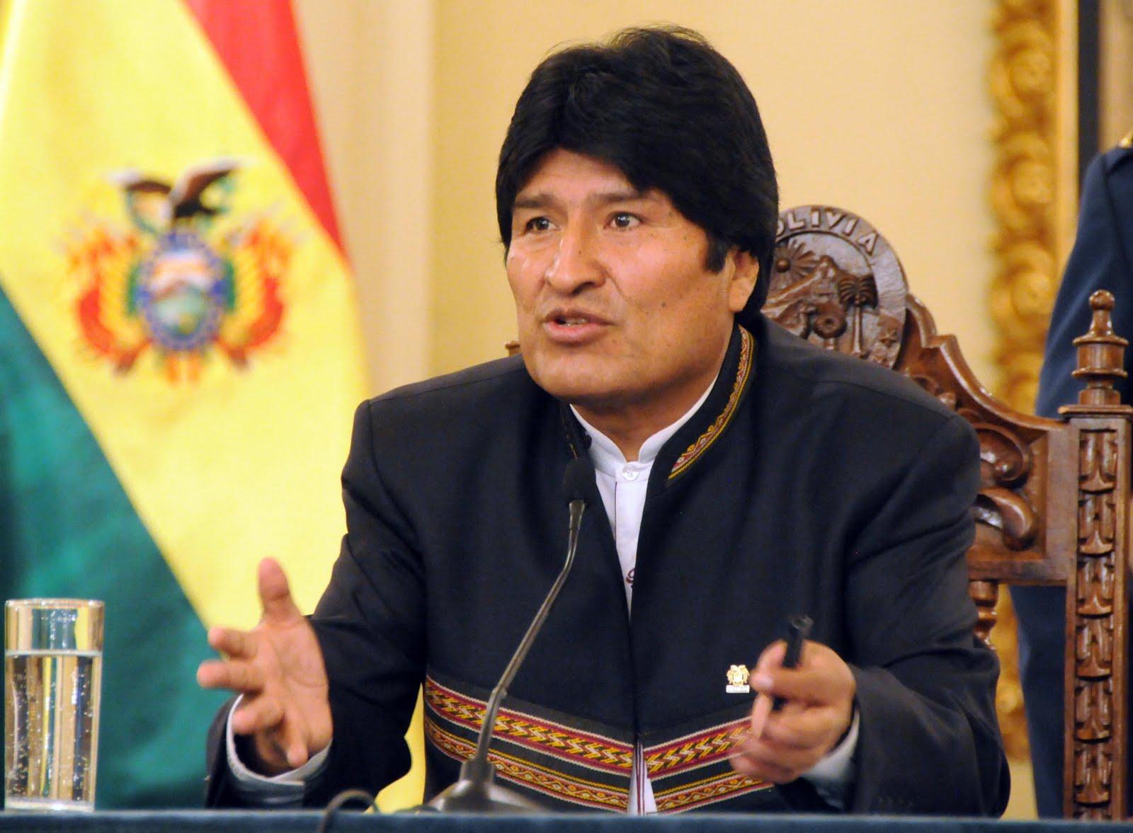 Morales destaca ampliación del aparato productivo para alcanzar la soberanía económica (Amplía)